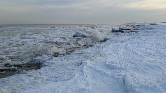 Iceonbeach